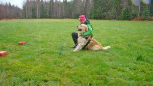 Rune Werner med hunden Theo på lagerbladsprov
